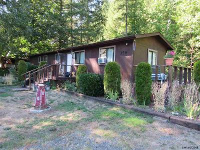 Gates Multi Family Home For Sale: 359 North Santiam (- 363) Hwy