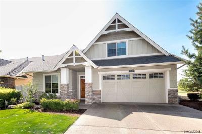 Woodburn Single Family Home For Sale: 530 Troon Av