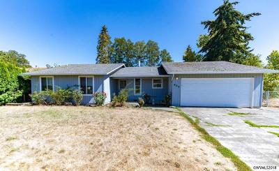Aumsville Single Family Home Active Under Contract: 620 N 5th St