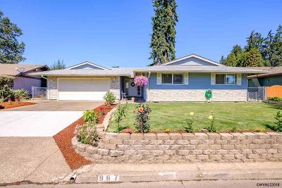 Keizer Single Family Home Active Under Contract: 967 Nightingale Ct