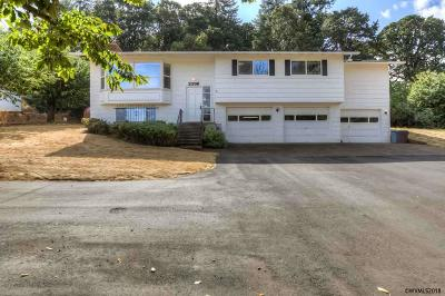 Salem Single Family Home For Sale: 2398 Cole Rd