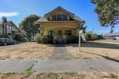 Independence Single Family Home For Sale: 814 Main St