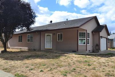 Turner Single Family Home Active Under Contract: 5348 Holly Lp