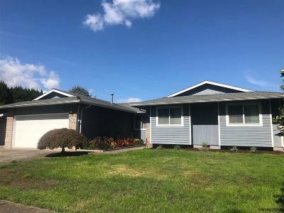 Keizer Single Family Home For Sale: 1467 Jodelle Ct