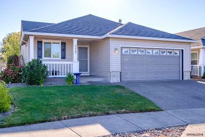 Albany Single Family Home For Sale: 4447 Mackinaw Av