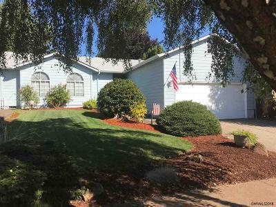 Salem Single Family Home For Sale: 1763 Cedarcrest Dr