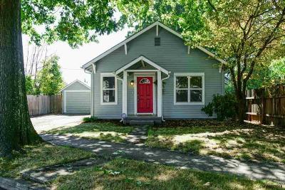 Salem Single Family Home For Sale: 820 South St