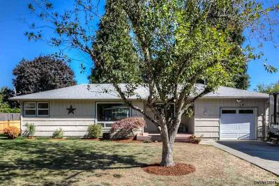 Keizer Single Family Home For Sale: 3262 Mayfield Pl