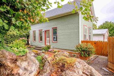 Scio Single Family Home Active Under Contract: 38845 NE Ash St