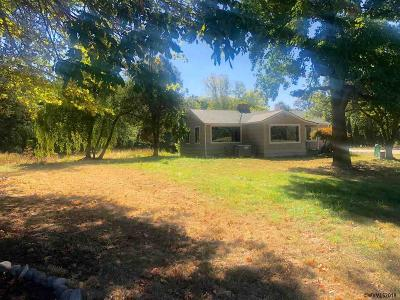 Rickreall Single Family Home For Sale: 8430 Rickreall Rd