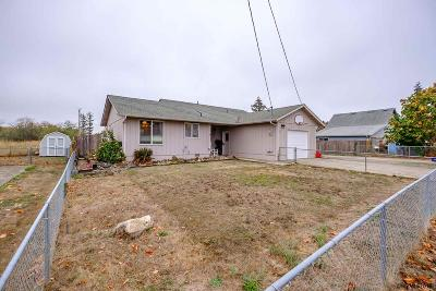 Aumsville Single Family Home Active Under Contract: 320 N 5th St