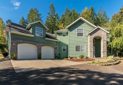 Lebanon Single Family Home For Sale: 38695 Mountain Crest Ct