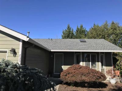 Stayton Single Family Home Active Under Contract: 733 Hobson St