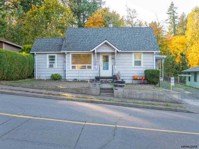 Sweet Home Single Family Home For Sale: 734 12th Av