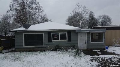 Albany Single Family Home For Sale: 730 15th Av