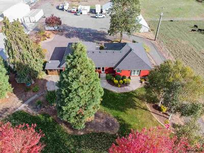 Mt Angel Single Family Home For Sale: 12303 Mt Angel Gervais Hwy