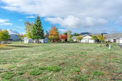 Lebanon Residential Lots & Land Active Under Contract: 56 S Place (- 62) Wy