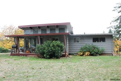 Lebanon Single Family Home For Sale: 41358 Lacomb Dr