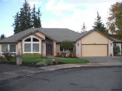 Keizer Single Family Home For Sale: 6899 Westridge Ct
