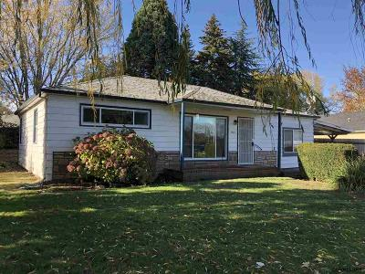 Salem Single Family Home For Sale: 3585 Middle Grove Dr