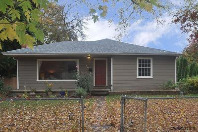 Independence Single Family Home For Sale: 61 3rd St