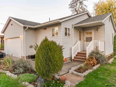 Sweet Home Single Family Home For Sale: 1013 23rd Av