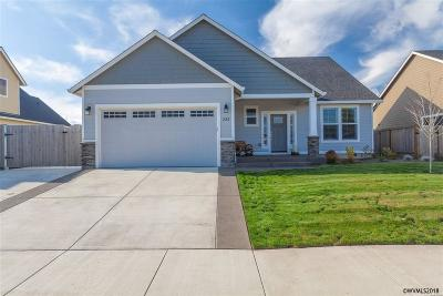 Monmouth Single Family Home For Sale: 336 Sunset Ln