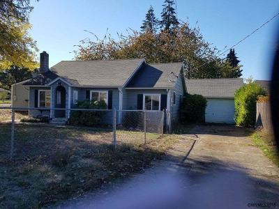 Sweet Home Single Family Home Active Under Contract: 438 10th Av