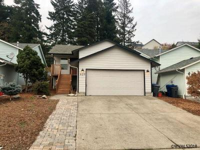 Keizer Single Family Home For Sale: 829 Foothill Ct