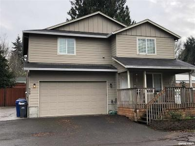Keizer Single Family Home For Sale: 939 Orchard St