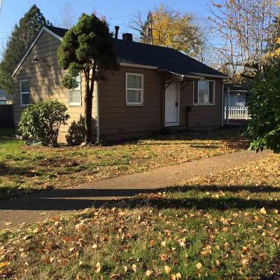 Woodburn Single Family Home Active Under Contract: 870 W Lincoln St
