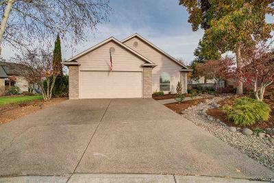 Keizer Single Family Home For Sale: 6678 Brookhollow Ct