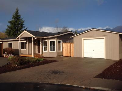 Keizer Manufactured Home Active Under Contract: 5185 Nordic Ct