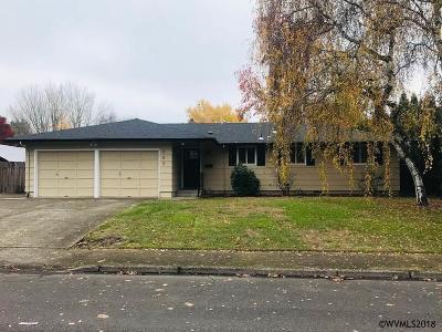 Salem Single Family Home Active Under Contract: 327 Eastland Pl