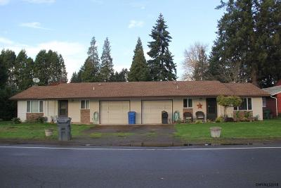 Keizer Multi Family Home For Sale: 903 Bever (- 905) Dr