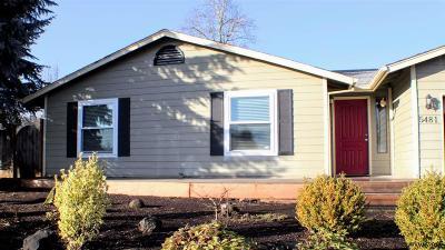 Salem Single Family Home For Sale: 5481 Mohawk Ct