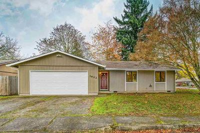 Keizer Single Family Home Active Under Contract: 3602 Cherrylawn Ct