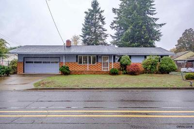 Sweet Home Single Family Home For Sale: 700 10th Av