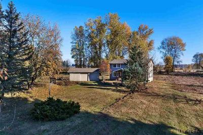 Turner Single Family Home For Sale: 7988 Stayton Rd