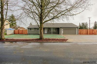 Salem Single Family Home For Sale: 4704 Patricia St
