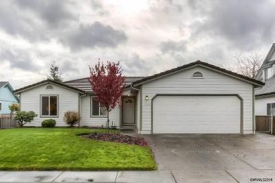 Keizer Single Family Home For Sale: 1018 Leeward Ct
