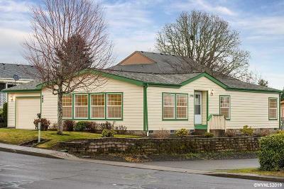Dallas Manufactured Home Active Under Contract: 490 NE Dallas Dr