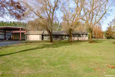 Aumsville Single Family Home Active Under Contract: 10895 James Way Dr