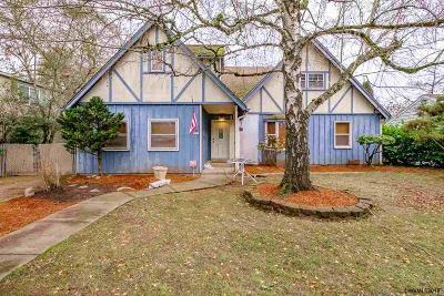 Salem Single Family Home For Sale: 840 Park Av