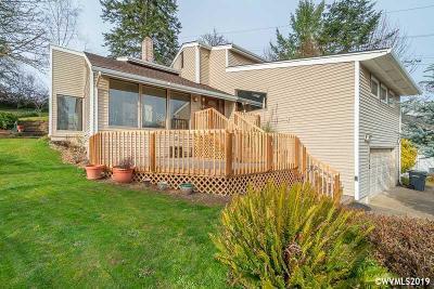 Keizer Single Family Home For Sale: 962 Mistletoe Lp