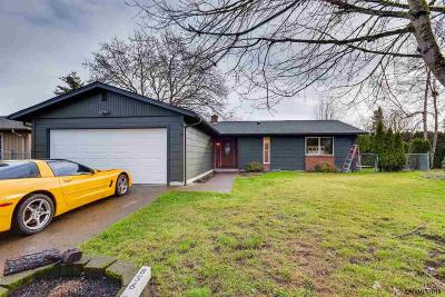 Keizer Single Family Home For Sale: 856 Nightingale Ct