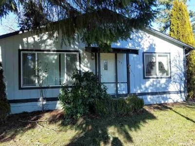Gates Single Family Home Active Under Contract: 123 North Santiam Hwy