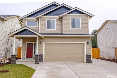 Dallas Single Family Home For Sale: 1124 SE Godsey St