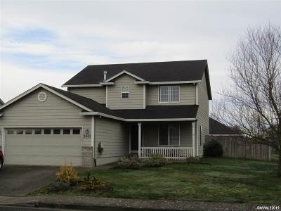 Woodburn Single Family Home For Sale: 2845 Revere St