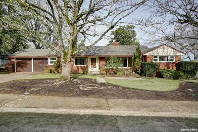 Salem Single Family Home For Sale: 285 McGilchrist St